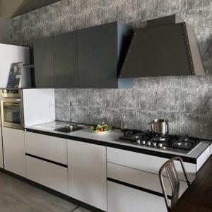 Cucina Arrex moderna lineare bianca in laminato opaco